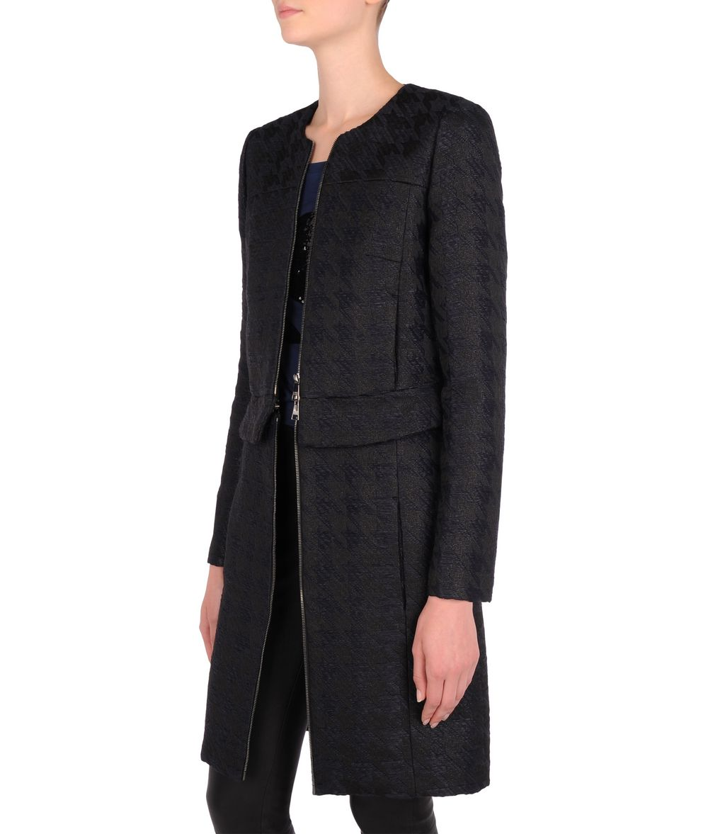 Total eclipse coat
